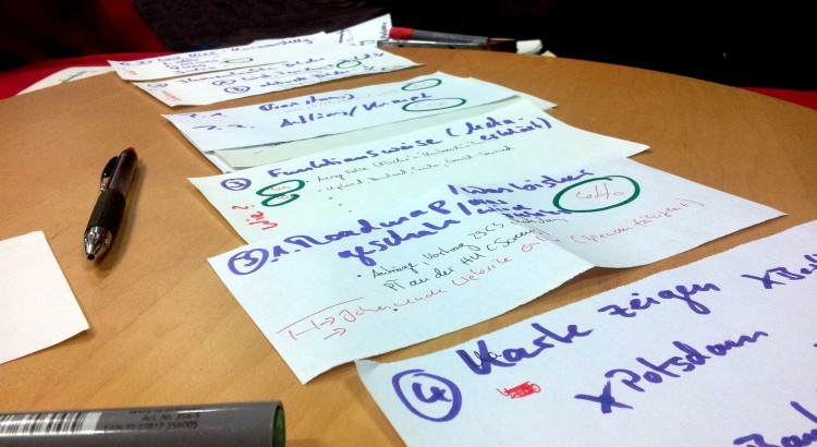 Vorbereitungszettelage zum Vortrag - CC-BY-SA-NC 4.0 laines@fotopia.cc